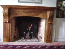 Habillage de cheminée style Louis XVI - noyer noir